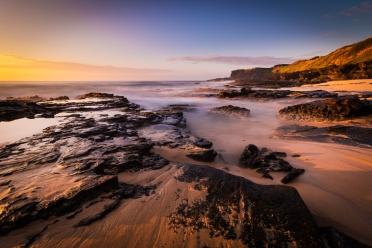 sandy_wide_sunrise_coast_overlay